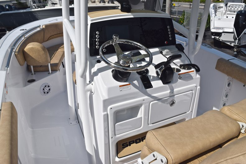 Thumbnail 25 for New 2019 Sportsman Heritage 231 Center Console boat for sale in Vero Beach, FL