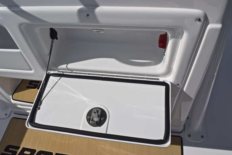 Thumbnail 37 for New 2019 Sportsman Heritage 231 Center Console boat for sale in Vero Beach, FL