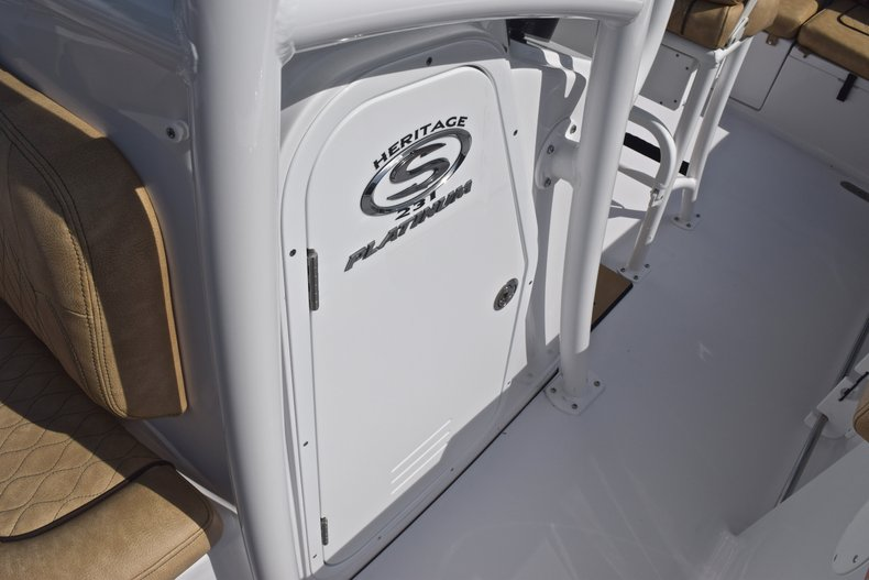Thumbnail 40 for New 2019 Sportsman Heritage 231 Center Console boat for sale in Vero Beach, FL