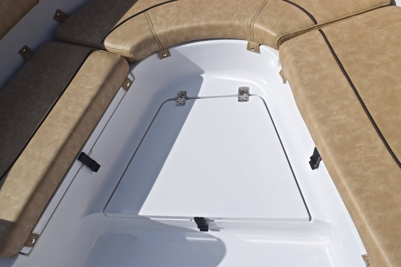 Thumbnail 49 for New 2019 Sportsman Heritage 231 Center Console boat for sale in Vero Beach, FL