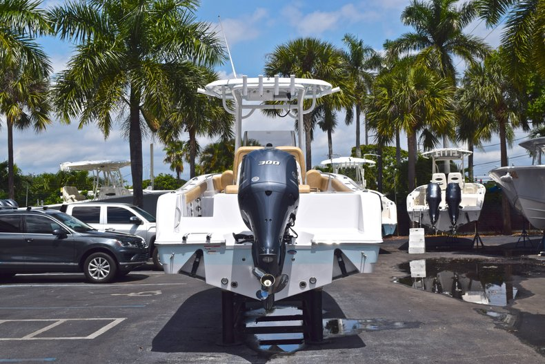 Thumbnail 7 for New 2019 Sportsman Open 242 Center Console boat for sale in West Palm Beach, FL