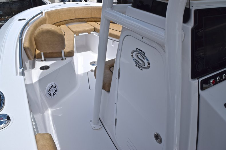 Thumbnail 42 for New 2019 Sportsman Open 242 Center Console boat for sale in West Palm Beach, FL
