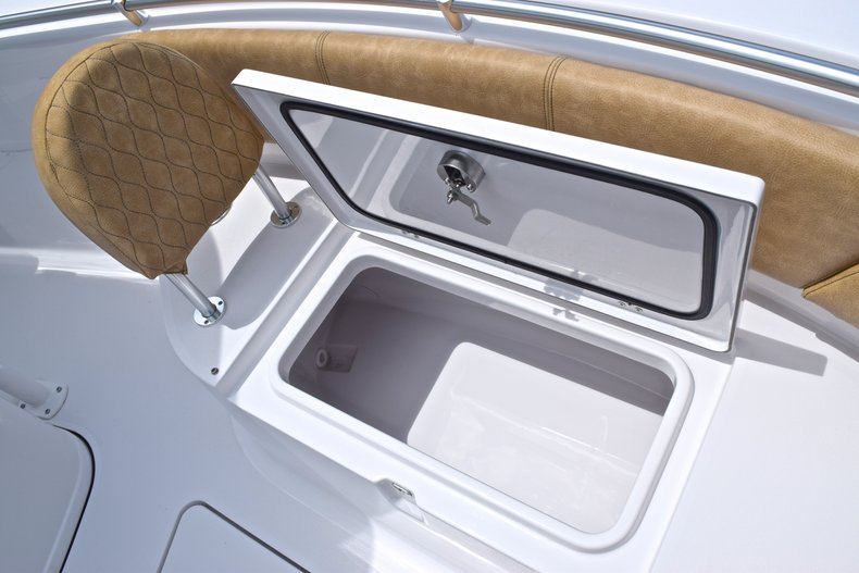 Thumbnail 52 for New 2019 Sportsman Open 242 Center Console boat for sale in West Palm Beach, FL