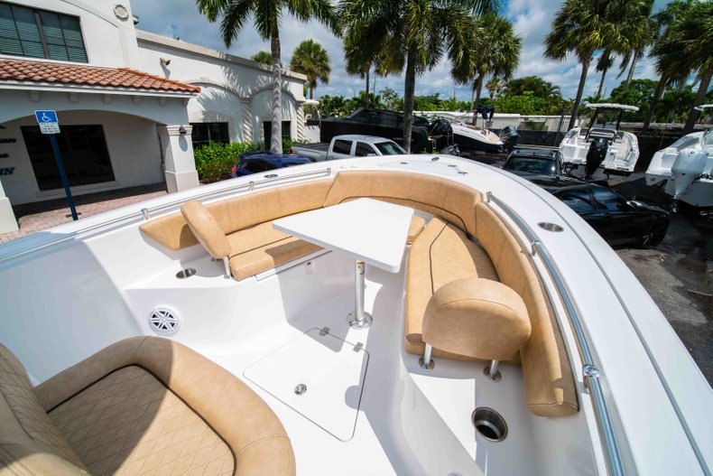 Thumbnail 48 for New 2019 Sportsman Open 242 Center Console boat for sale in West Palm Beach, FL