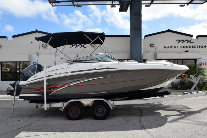 Photo for 2017 Hurricane SunDeck SD 2200 OB