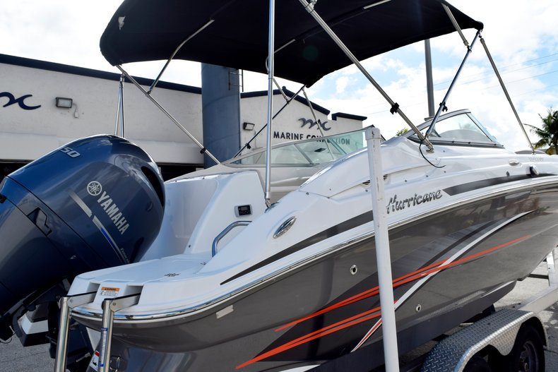 Thumbnail 8 for Used 2017 Hurricane SunDeck SD 2200 OB boat for sale in Fort Lauderdale, FL