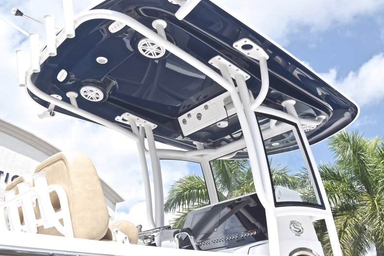Thumbnail 8 for New 2019 Sportsman Heritage 251 Center Console boat for sale in Miami, FL