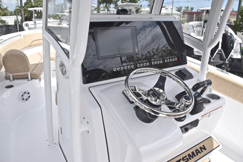 Thumbnail 31 for New 2019 Sportsman Heritage 251 Center Console boat for sale in Miami, FL