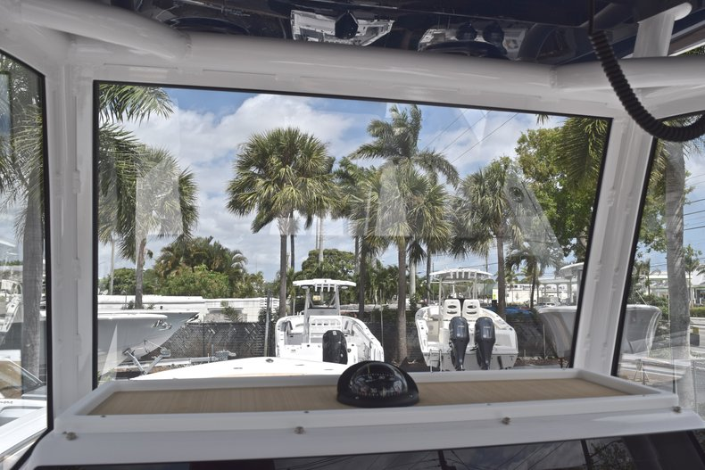 Thumbnail 32 for New 2019 Sportsman Heritage 251 Center Console boat for sale in Miami, FL