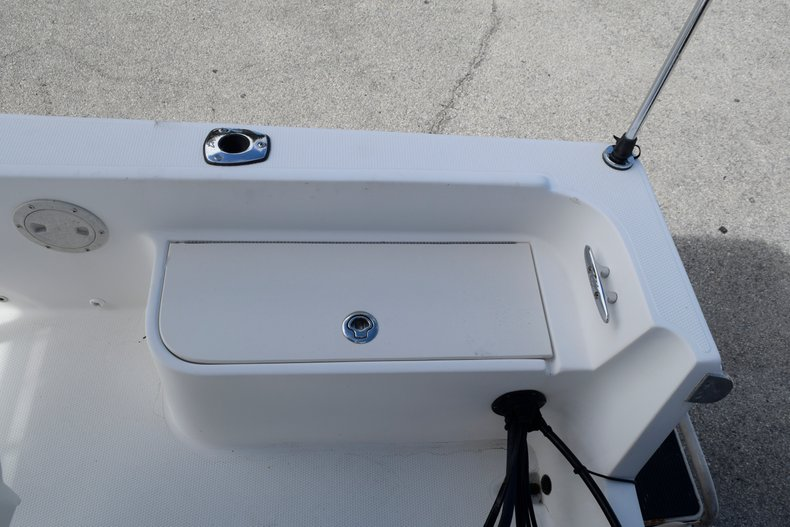Thumbnail 14 for Used 2001 Mako 171 Center Console boat for sale in Vero Beach, FL