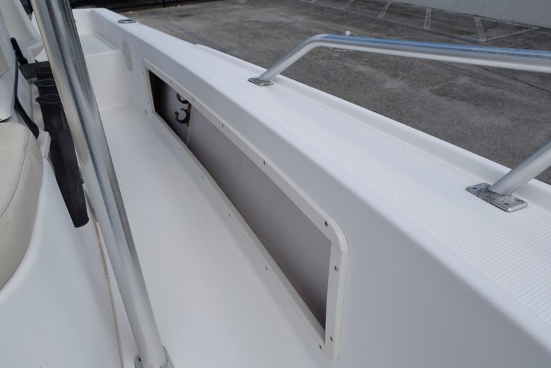 Thumbnail 17 for Used 2001 Mako 171 Center Console boat for sale in Vero Beach, FL