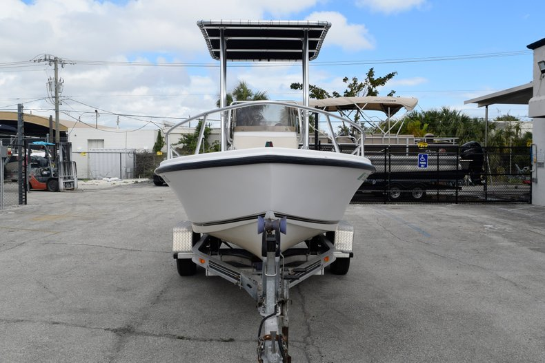 Thumbnail 2 for Used 2001 Mako 171 Center Console boat for sale in Vero Beach, FL