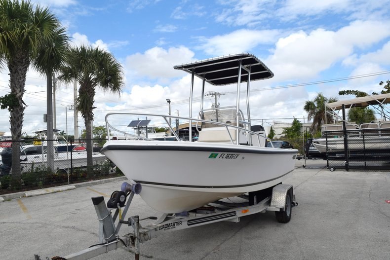 Thumbnail 3 for Used 2001 Mako 171 Center Console boat for sale in Vero Beach, FL