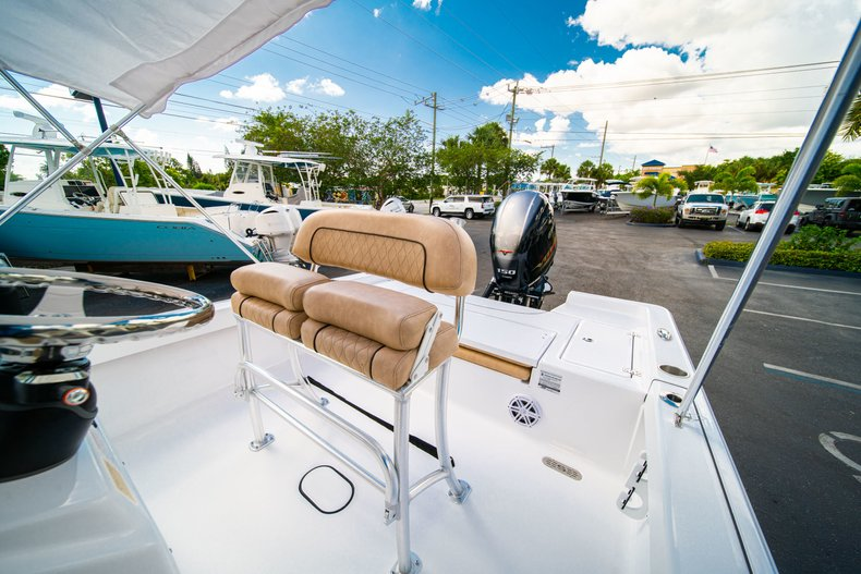 Thumbnail 28 for New 2019 Sportsman Masters 227 Bay Boat boat for sale in West Palm Beach, FL