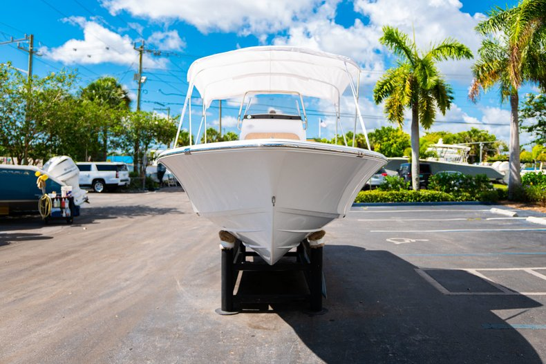 Thumbnail 38 for New 2019 Sportsman Masters 227 Bay Boat boat for sale in West Palm Beach, FL