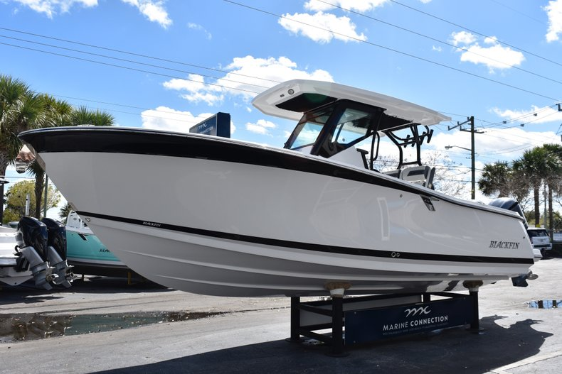 Image 3 for 2019 Blackfin 272CC Center Console in West Palm Beach, FL
