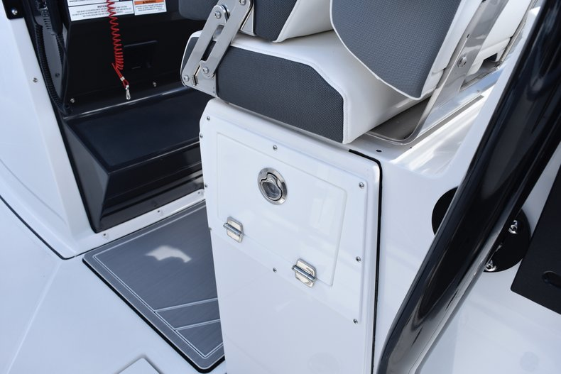 Image 35 for 2019 Blackfin 272CC Center Console in West Palm Beach, FL