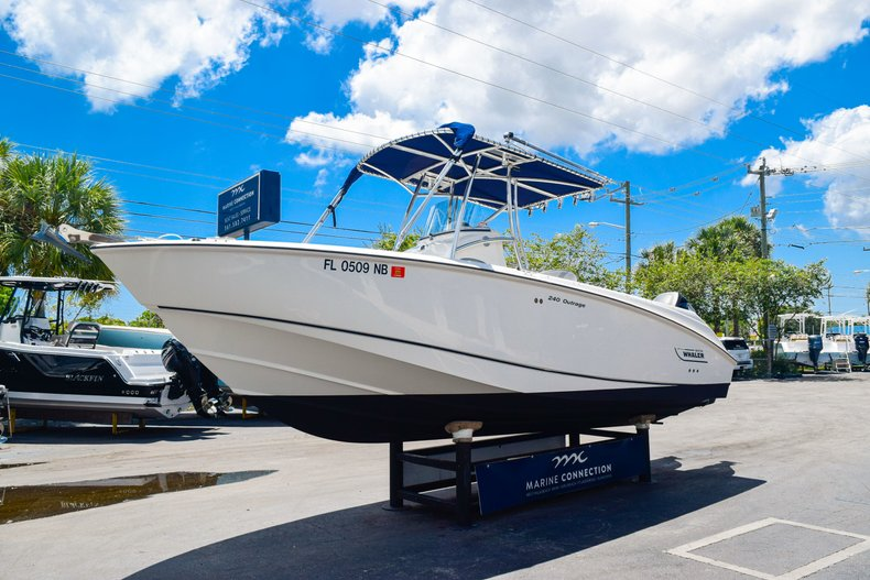 Image 4 for 2006 Boston Whaler 240 Outrage in West Palm Beach, FL
