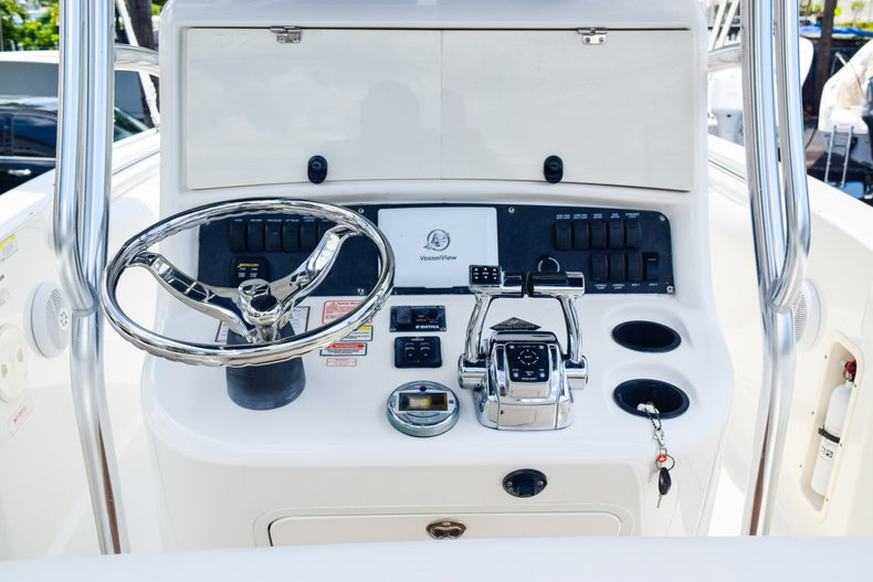 Image 19 for 2006 Boston Whaler 240 Outrage in West Palm Beach, FL