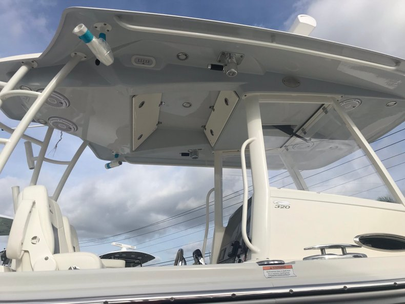 Thumbnail 3 for New 2019 Cobia 320 Center Console boat for sale in West Palm Beach, FL