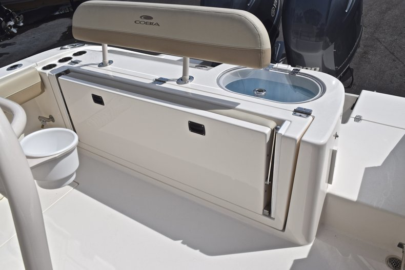Image 10 for 2018 Cobia 261 Center Console in West Palm Beach, FL