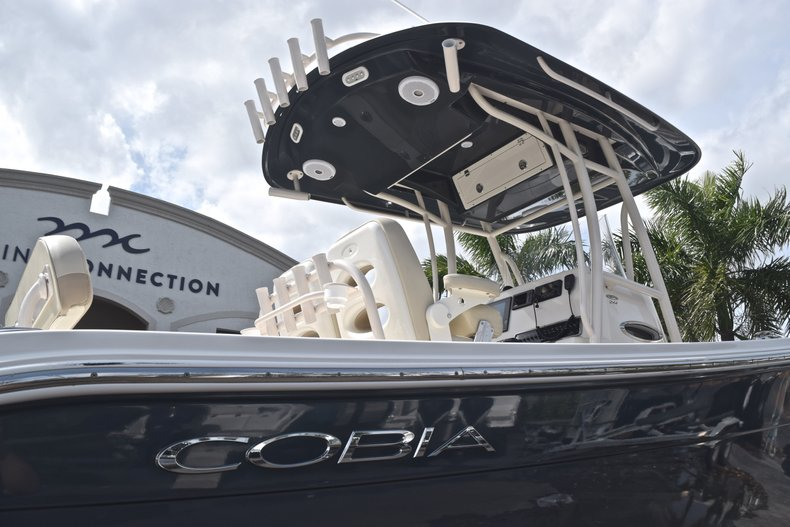 Image 8 for 2018 Cobia 261 Center Console in West Palm Beach, FL