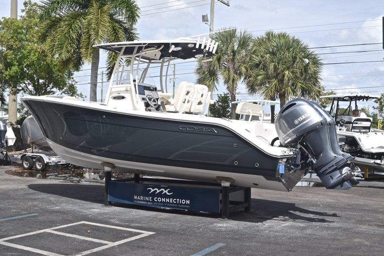 Image 5 for 2018 Cobia 261 Center Console in West Palm Beach, FL
