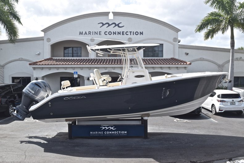 Image 0 for 2018 Cobia 261 Center Console in West Palm Beach, FL