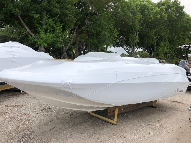 Photo for 2019 Hurricane SunDeck Sport SS 211 OB
