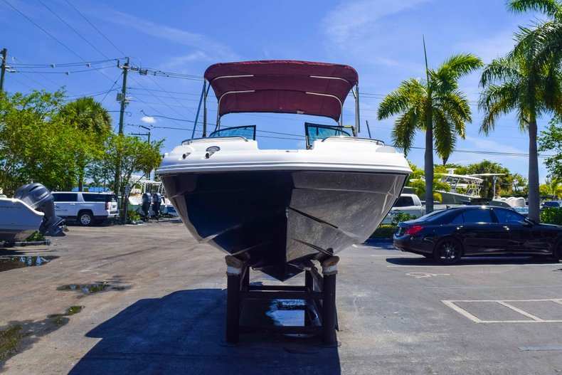 Thumbnail 2 for New 2019 Hurricane SunDeck SD 2000 OB boat for sale in West Palm Beach, FL