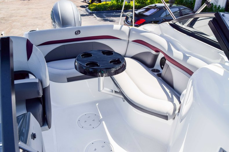 Thumbnail 43 for New 2019 Hurricane SunDeck SD 2000 OB boat for sale in West Palm Beach, FL