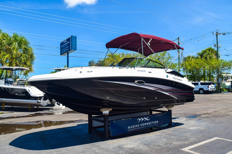Thumbnail 3 for New 2019 Hurricane SunDeck SD 2000 OB boat for sale in West Palm Beach, FL