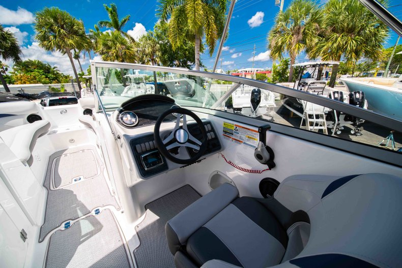 Thumbnail 19 for New 2019 Hurricane SunDeck SD 2400 OB boat for sale in Vero Beach, FL