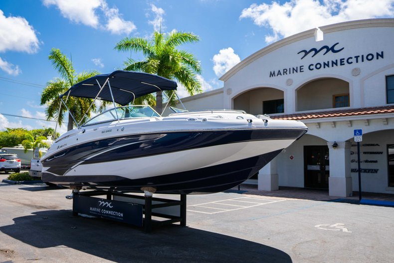 Thumbnail 1 for New 2019 Hurricane SunDeck SD 2400 OB boat for sale in Vero Beach, FL