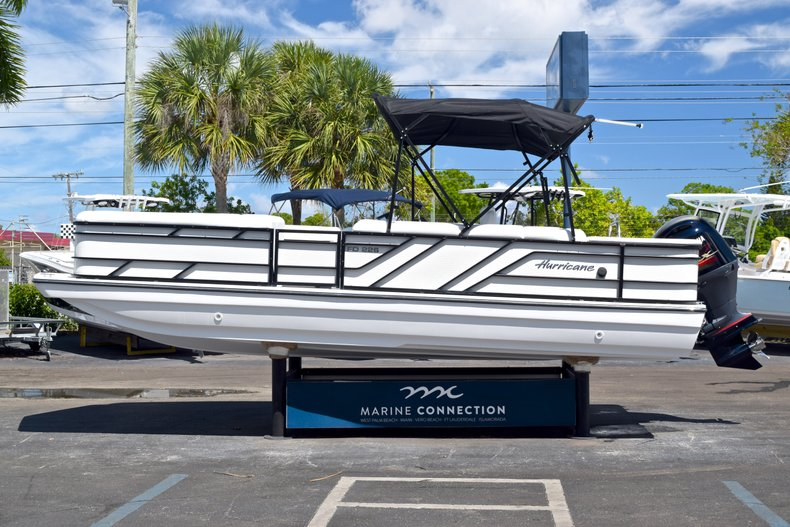 Thumbnail 4 for New 2019 Hurricane FunDeck FD 226 OB boat for sale in Vero Beach, FL