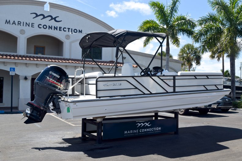Thumbnail 7 for New 2019 Hurricane FunDeck FD 226 OB boat for sale in Vero Beach, FL