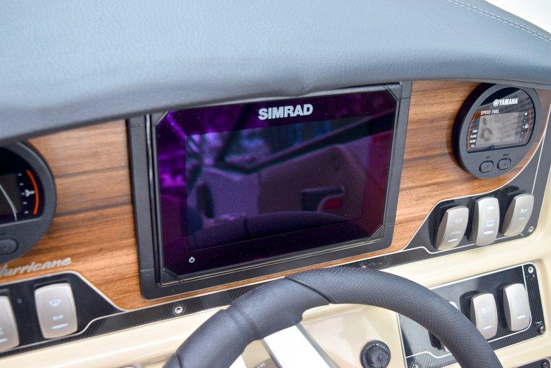 Thumbnail 36 for New 2019 Hurricane SunDeck SD 2690 OB boat for sale in Vero Beach, FL