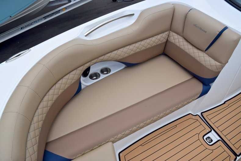 Thumbnail 52 for New 2019 Hurricane SunDeck SD 2690 OB boat for sale in West Palm Beach, FL