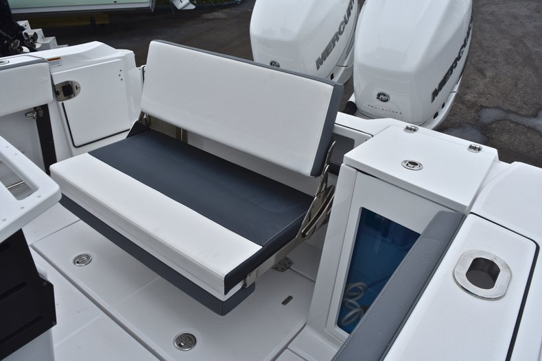 Thumbnail 14 for Used 2018 Blackfin 272CC Center Console boat for sale in West Palm Beach, FL