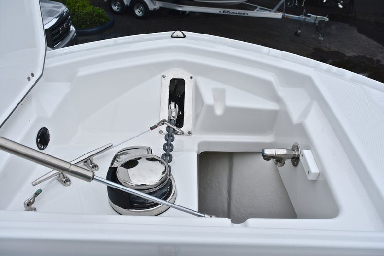 Thumbnail 72 for Used 2018 Blackfin 272CC Center Console boat for sale in West Palm Beach, FL