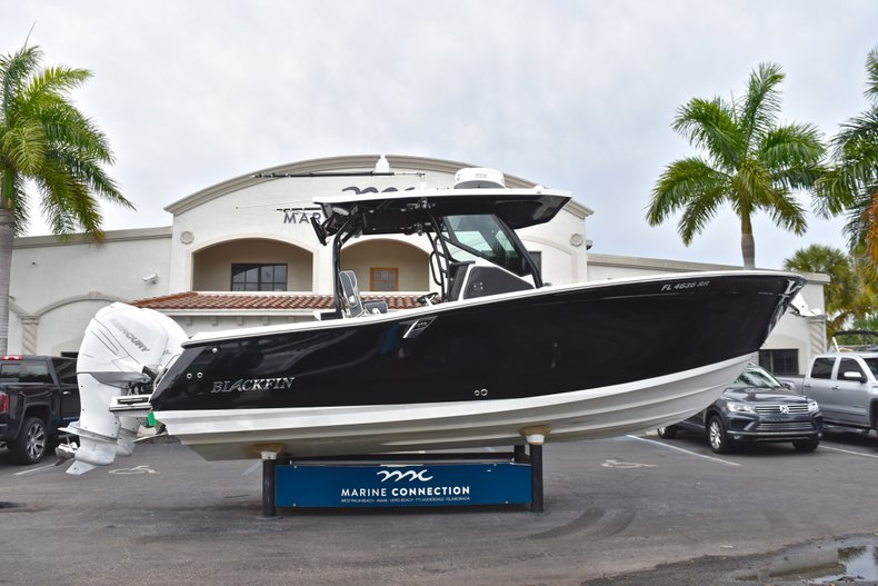 Used 2018 Blackfin 272CC Center Console boat for sale in West Palm Beach, FL