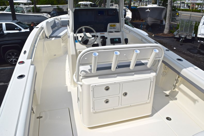 Thumbnail 11 for New 2019 Cobia 240 CC Center Console boat for sale in Fort Lauderdale, FL