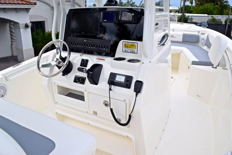 Thumbnail 31 for New 2019 Cobia 240 CC Center Console boat for sale in Fort Lauderdale, FL
