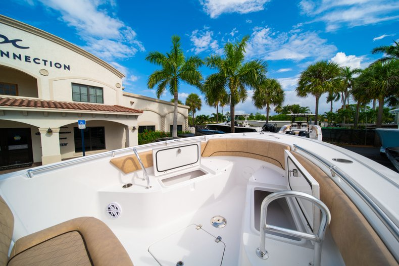 Thumbnail 35 for New 2019 Sportsman Open 242 Center Console boat for sale in West Palm Beach, FL