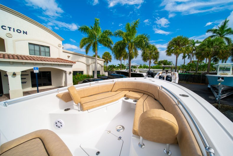 Thumbnail 33 for New 2019 Sportsman Open 242 Center Console boat for sale in West Palm Beach, FL