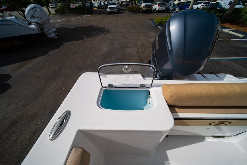 Thumbnail 14 for New 2019 Sportsman Open 242 Center Console boat for sale in West Palm Beach, FL
