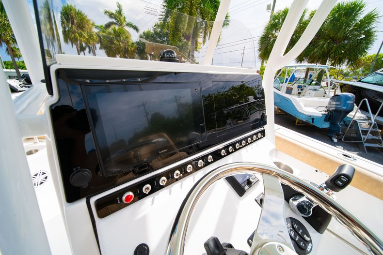 Thumbnail 23 for New 2019 Sportsman Open 242 Center Console boat for sale in West Palm Beach, FL