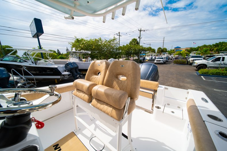 Thumbnail 27 for New 2019 Sportsman Open 242 Center Console boat for sale in West Palm Beach, FL