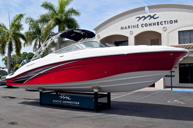 Thumbnail 1 for New 2019 Hurricane SunDeck SD 2690 OB boat for sale in West Palm Beach, FL