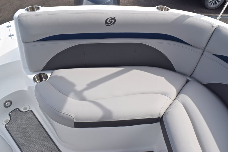 Thumbnail 13 for New 2019 Hurricane SunDeck SD 2400 OB boat for sale in West Palm Beach, FL